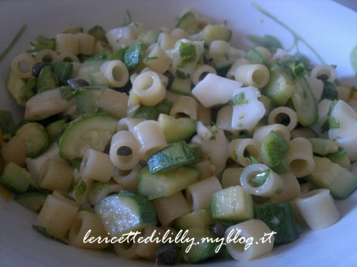 pasta,zucchine,scamorsa,